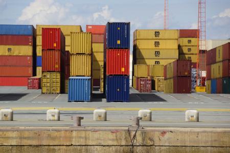 Pénurie de containers et hausses tarifaires : Les USA contre-attaquent