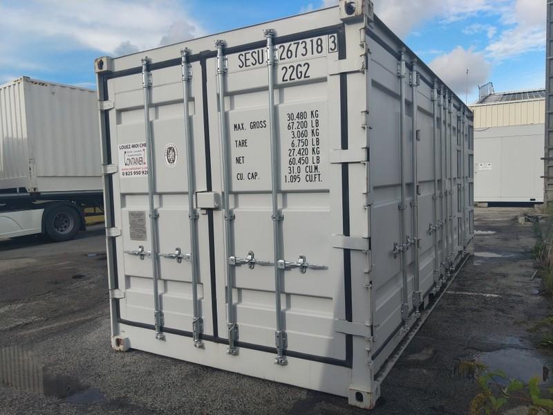 Un container 20